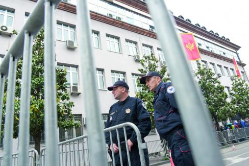 Policija, hapšenje, crnogorska policija 24.8.2021.